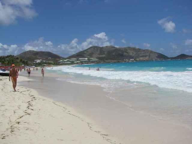 Orient Beach cache view