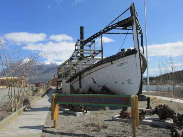 Tutshi Memorial cache site - it was missing..