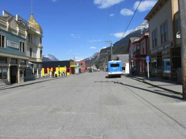 Downtown Skagway - no one around