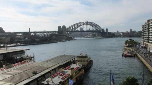 a view from Circular Quay back across the harbour.